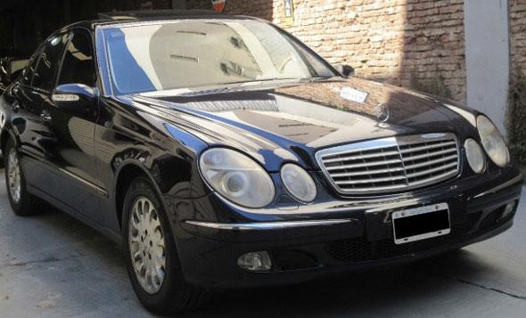 Auto Mercedes Benz E320