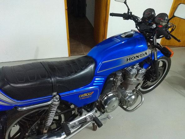 Moto Honda CB900F