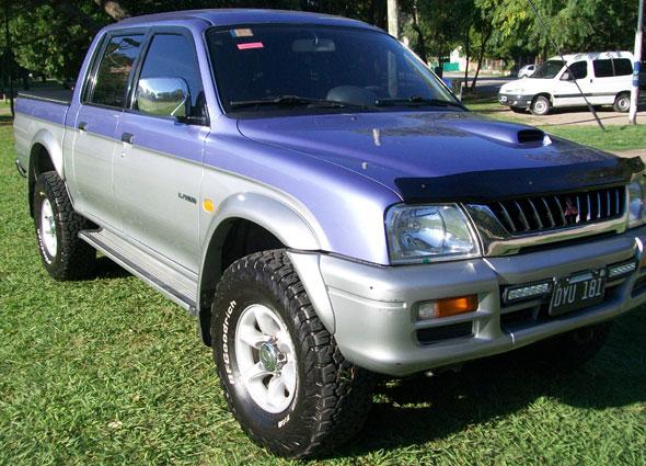 Auto Mitsubishi L200