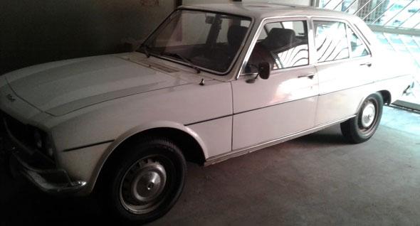 Car Peugeot 504 1800GL 1978