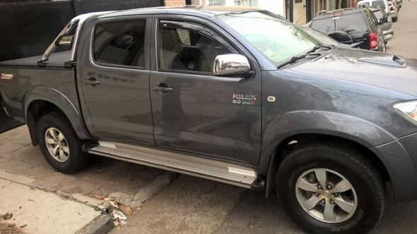 Auto Toyota Hilux SRV