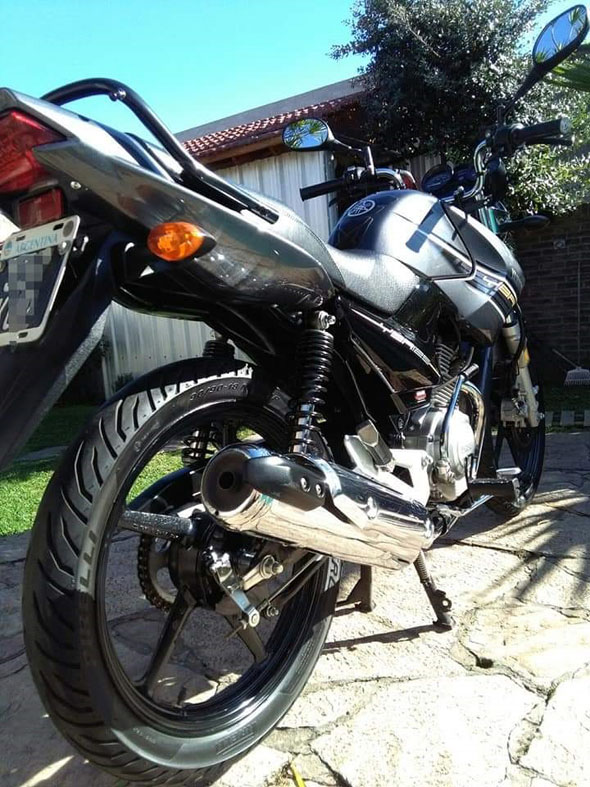 Auto Yamaha YBR