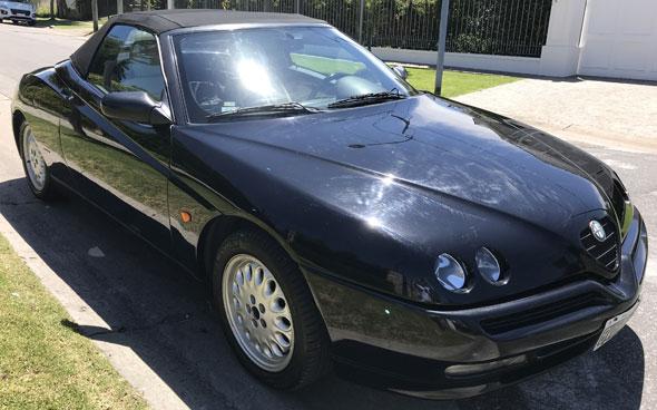 Auto Alfa Romeo Spider
