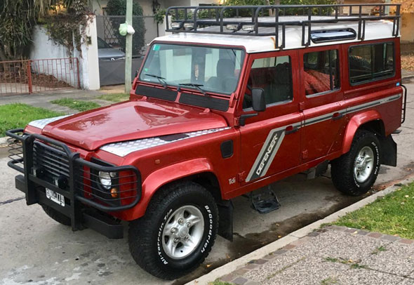 Land Rover Defender County