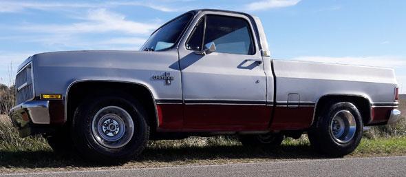 Auto Chevrolet Cheyenne