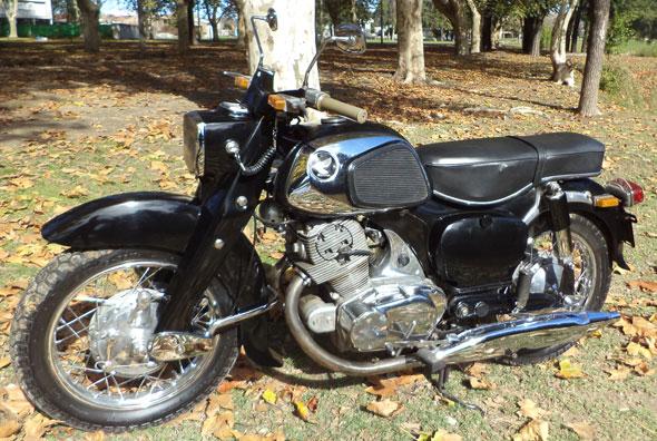 Honda Dream 300 Motorcycle