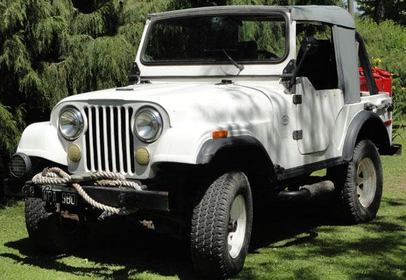 Auto Jeep IKA 4x4 1958