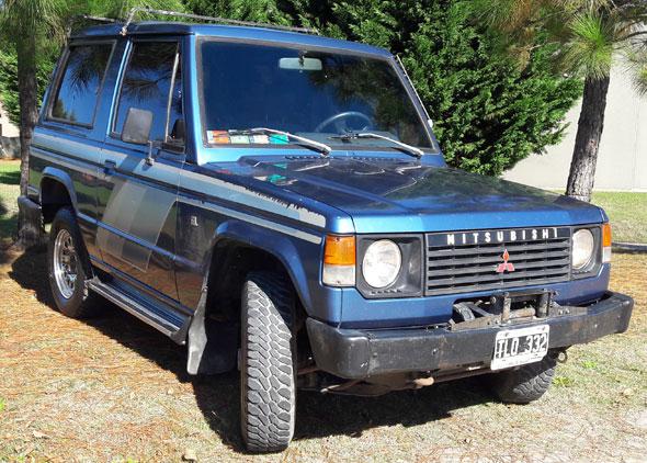 Auto Mitsubishi Montero