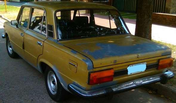 Auto Fiat 125 CL