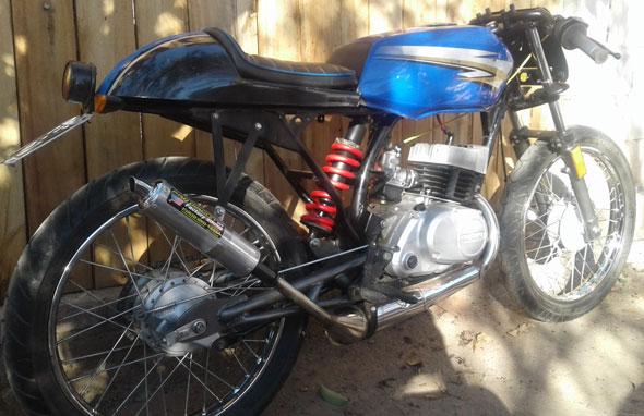 Suzuki AX100 $ 55000 110304