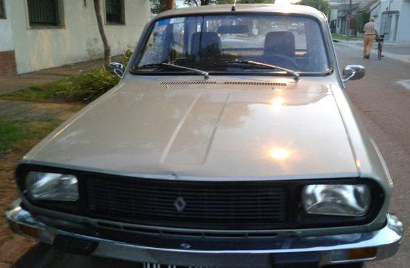 Auto Renault 12ts