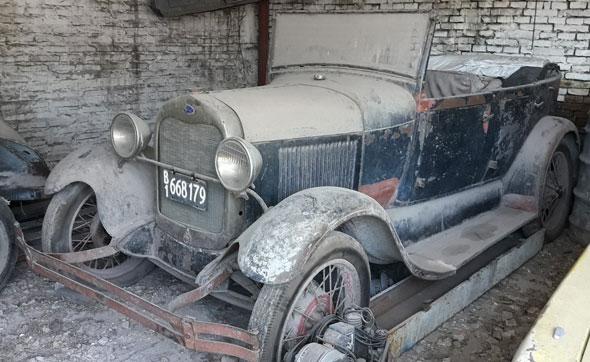 Auto Ford A Phaeton 1928