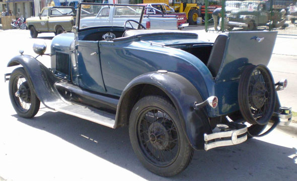 Auto Ford A Coupé Roadster
