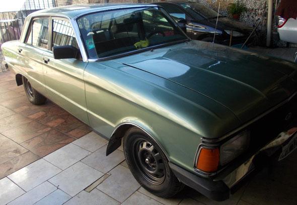 Ford Falcon 1990