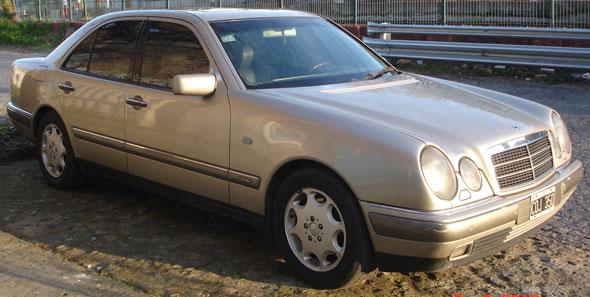 Mercedes Benz E 300 TD