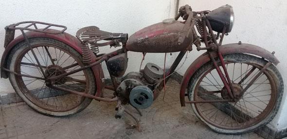Moto Gillet Herstal 150