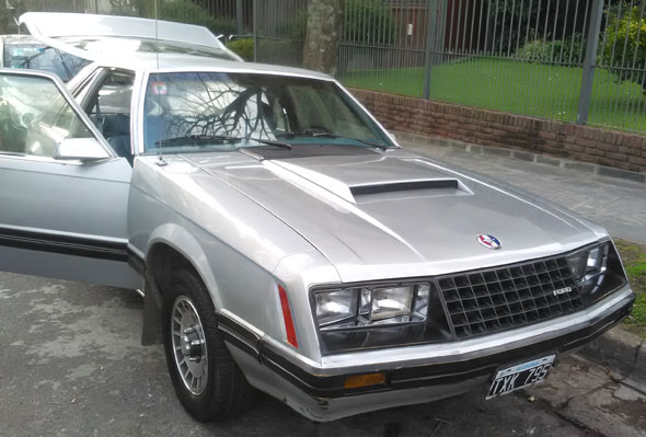 Auto Ford Mustang 1979