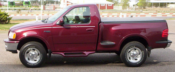 Auto Ford F-150 Flare Side Lariat