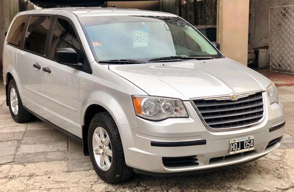 Auto Chrysler Town & Country 3.8 ATX 7 Pax