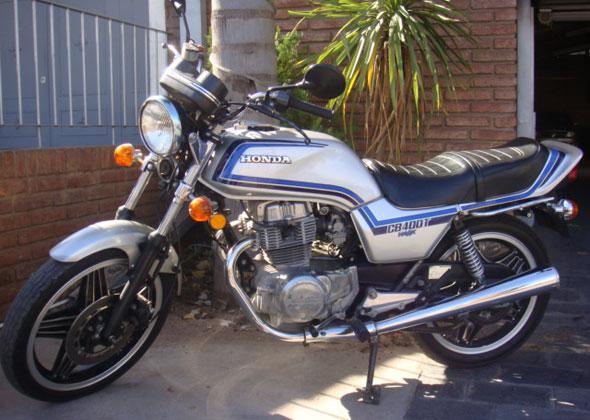 Moto Honda CB 400 T Hawk