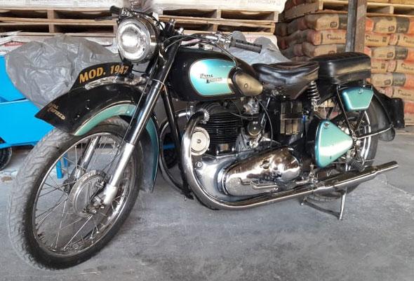 Moto Royal Enfield J2 500