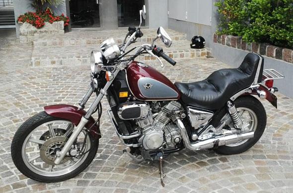 Moto Kawasaki Vulcan 750