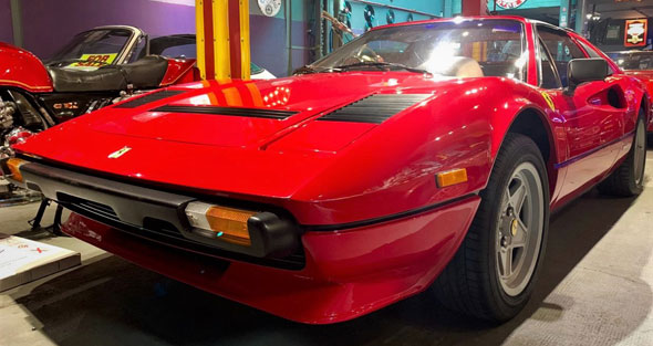 Auto Ferrari 308 GTSI Quattrovalvole 1984