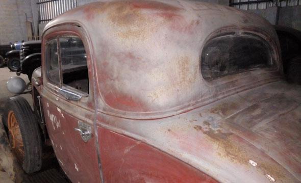 Auto Chevrolet Coupé 1933