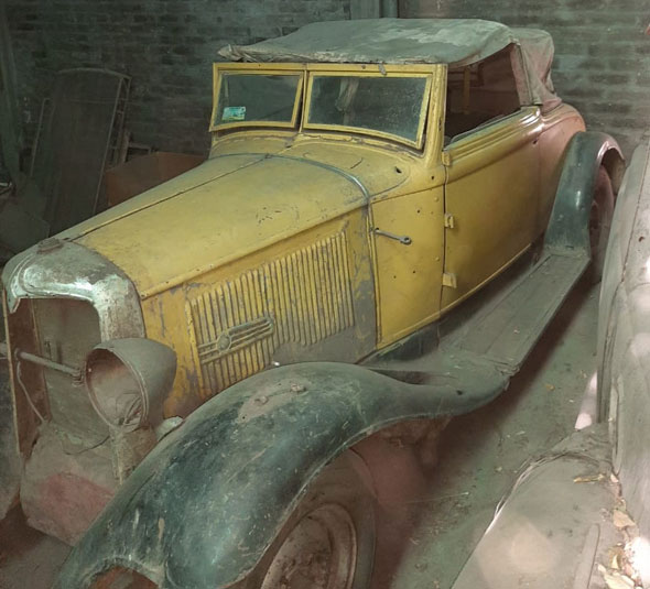 Auto Chrysler 1932