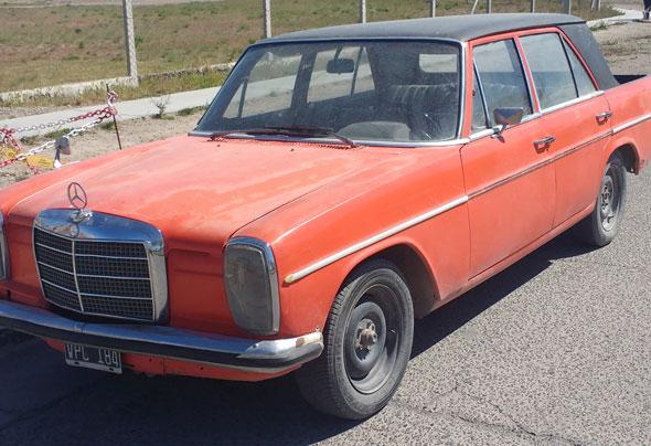 Auto Mercedes Benz 220D Pick Up 1975