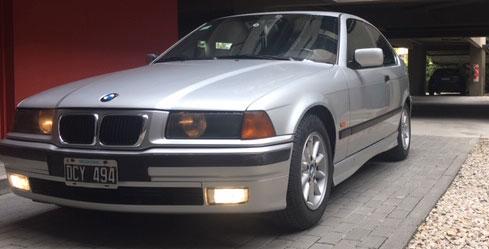 Auto BMW 323 TI