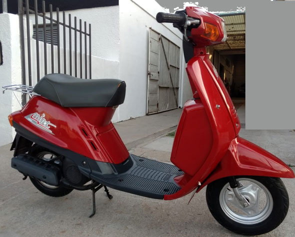 Moto Yamaha Mint