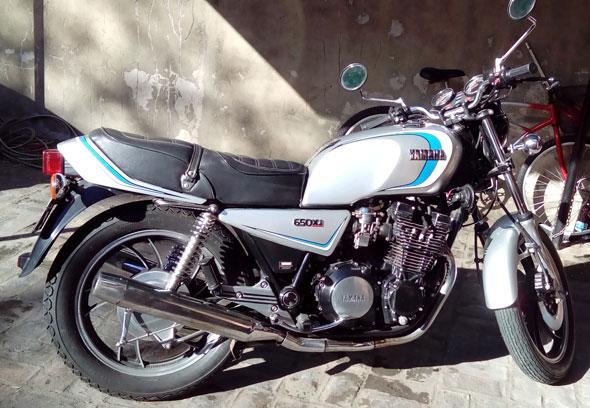 Moto Yamaha XJ 650 1981