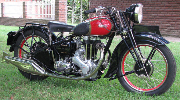Ariel Red Hunter 500 1937 Motorcycle