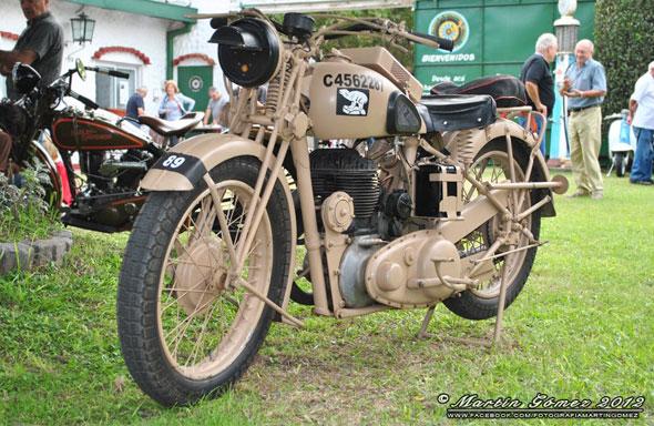 Moto BSA WM20  500 Lateral 1937