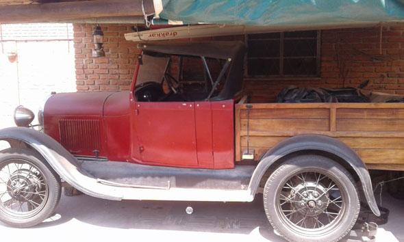 Auto Ford A 1931 Chatita