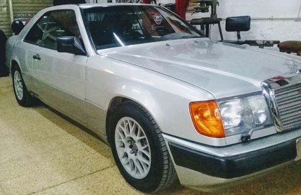 Auto Mercedes Benz 230 CE W 124