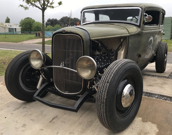 Auto Ford 1932 Tudor
