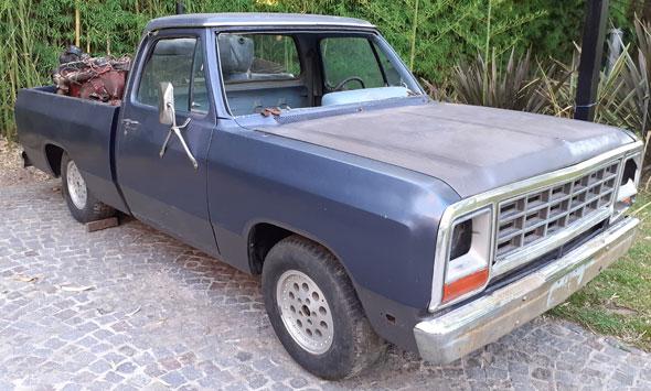 Auto Dodge Ram D150