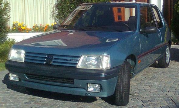 Auto Peugeot 205 I XS