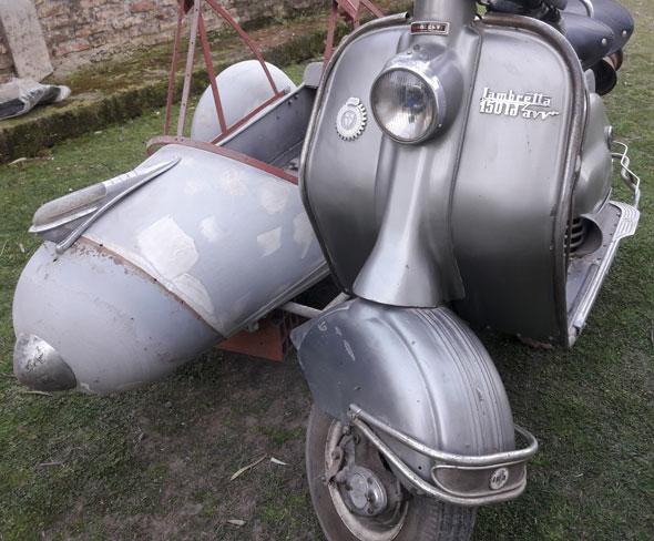 Moto Lambretta LD150AVV