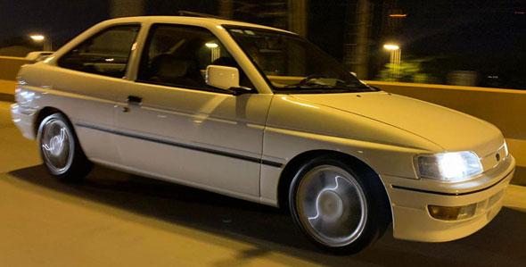 Auto Ford Escort XR3