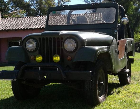 Auto IKA Jeep 1956