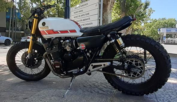 Yamaha XJ 550 Motorcycle