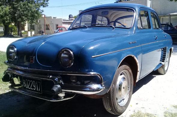 Auto Renault Dauphine 66