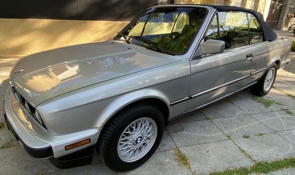 BMW 325i Conveetible