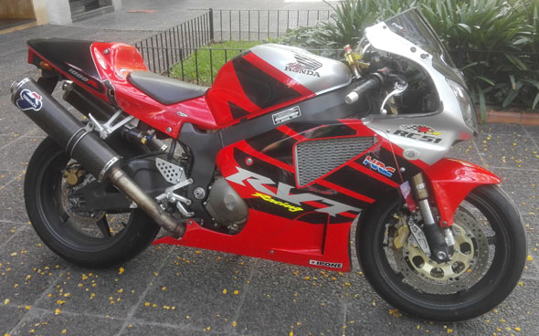 Moto Honda VTR 1000 SP2