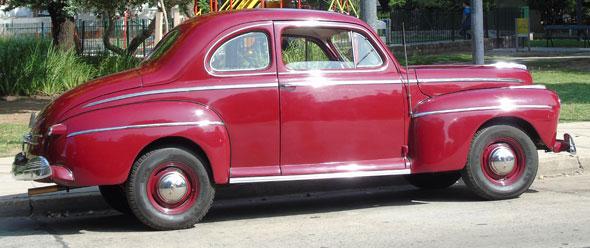 Ford Coupé 1947 De Luxe