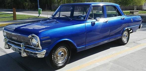 Auto Chevrolet 400 Super 1965