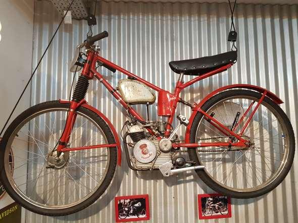 Moto Ducati Cucciolo Carrera